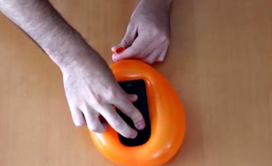 Como crear una carcasa con un globo para el celular