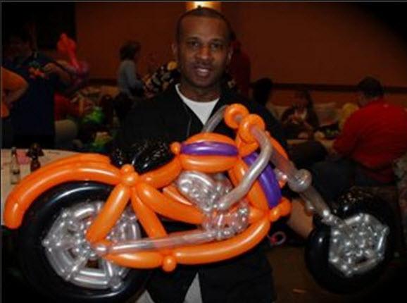 motos-hechas-con-globos-super-creativas-1