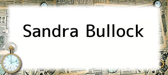<i>Sandra Bullock</i>